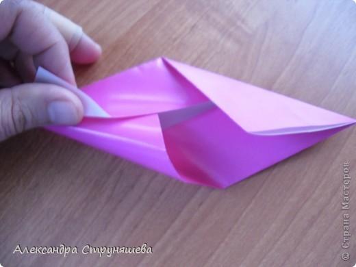 1.Приготовим 6 одинаковых квадратных листов бумаги. фото 9