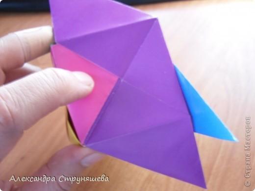 1.Приготовим 6 одинаковых квадратных листов бумаги. фото 31