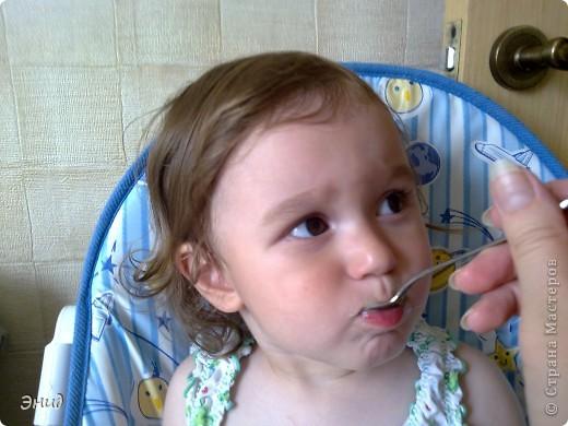 Гренки- это мои помошники в таком нелегком деле, как накормить мою капризульку. С ними она кушает всё!!! фото 4