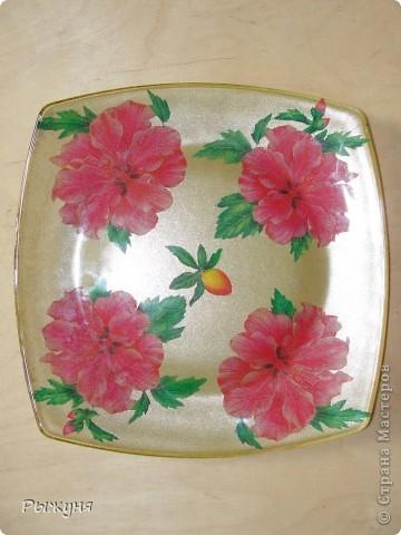 Китайская роза. Обратный декупаж дарит праздник каждый день. Обычная прозрачная тарелка стала элементом роскошной сервировки. фото 1