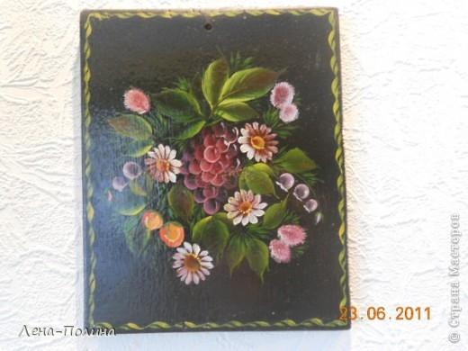 Это мои работы по росписи, работы сделаны больше 10 лет назад, но моя мама самая преданная поклонница сохранила из и на ее кухне они еще живут.  фото 5