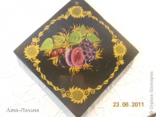 Это мои работы по росписи, работы сделаны больше 10 лет назад, но моя мама самая преданная поклонница сохранила из и на ее кухне они еще живут.  фото 3