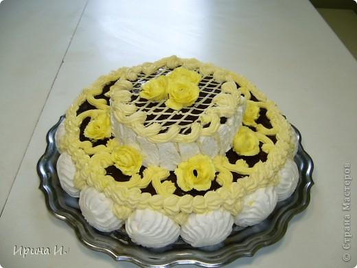 Тортик постряпала мужу на день рождения,получился  почти 4 кг.