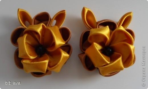 Резиночки из остатков золотых ленточек фото 1