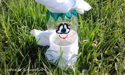 Идею посмотрела у ElenaTafuni , большое ей за это спасибо! Глаза и волосы (листья) я рисовала, а ноги и руки вырезала. Не знаю почему мне захотелось место волос нарисовать листики)) ну надеюсь что получилось очень необычно и оригинально)! фото 1