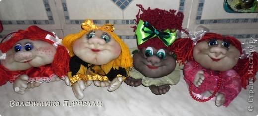 Наваяла куколок.Одна из них пойдёт на подарок зятю.Не знаю какую выбрать? фото 1