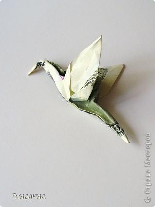 Манигами (Moneygami от анг. money- деньги) - это разновидность оригами, в котором модели выполняются из денежных купюр.  Разные бабочки. фото 5