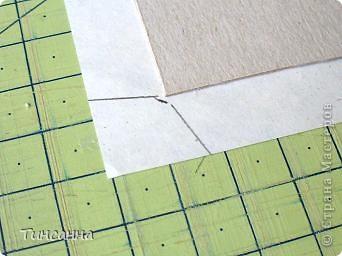 Посмотрела МК Анки Партизанки http://stranamasterov.ru/node/145357?tid=451 и попробовала сделать по нему блокнотики. Блокнот с розами сделан как в МК, а блокнот со стрекозой имеет на 10листов больше. Ниже расскажу как его сделала. фото 4