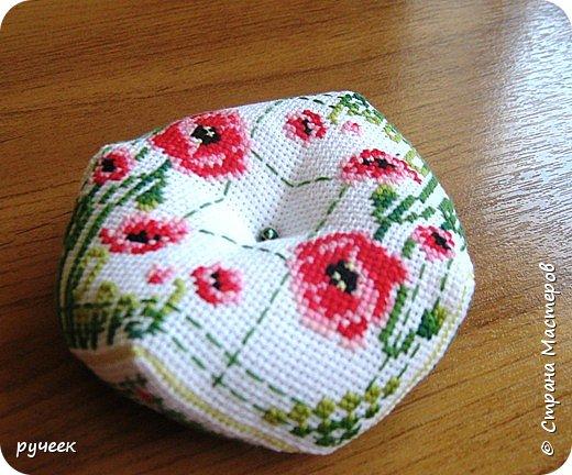Первый раз увидела бискорню здесь, в стране мастеров и уж очень они мне пришлись по душе... схемки для своих работ нашла в интернете...вот одна из страниц http://photo.qip.ru/users/alkaline/3336327/... вчера нашла еще две странички http://smallselena.gallery.ru/watch?a=Auy-bYvB http://go.mail.ru/search_images?q=%F1%F5%E5%EC%FB%20%E1%E8%F1%EA%EE%F0%ED%FE%20&rch=l&fr=web фото 3