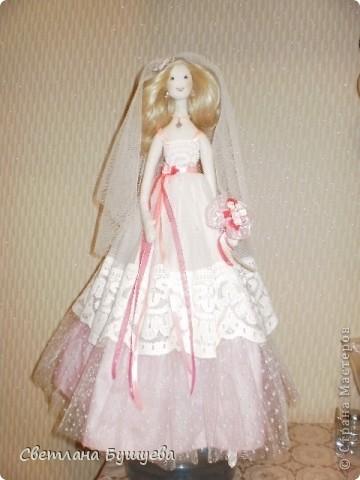 Кукла невеста. Родилась как украшение в свадебный салон. Первая кукла с использованием волос женского парика фото 1