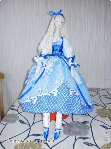 Кукла невеста. Родилась как украшение в свадебный салон. Первая кукла с использованием волос женского парика фото 2