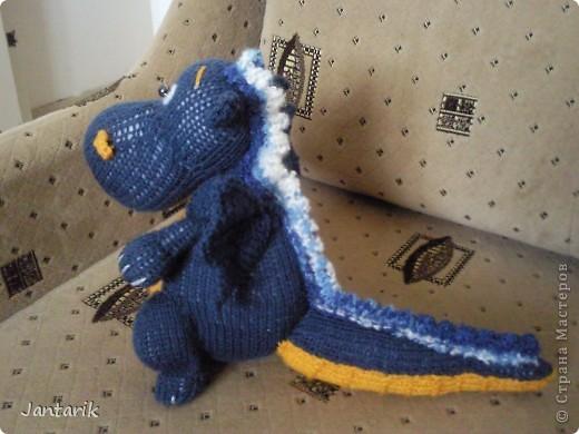 Дракоша создан по МК авторской игрушки larisa1122. Очень уж он мне понравился. Вот такой я в анфас. фото 3