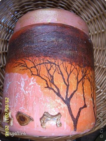 Лежала обычная баночка из под какого то крема и салфеточка в африканском стиле, которую давно хотелось куда то применить, а что из этого вышло-судить вам :) фото 1
