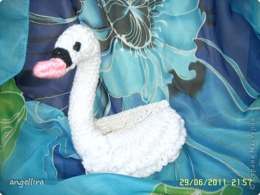 Я хотела бы лебедем быть – Эти птицы не знают измены – С другом верным по озеру плыть, В небесах растворяться безмерных. (автор неизвестен, взято тут http://www.foru.ru/slovo.10344.3.html) фото 2