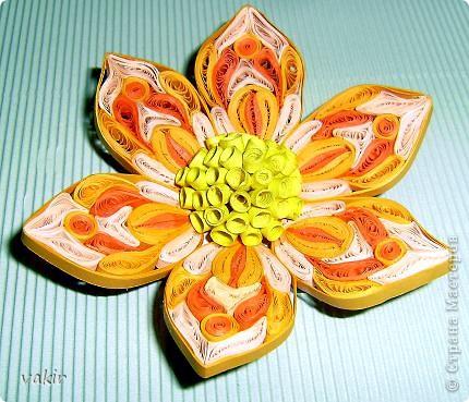 Попробую поучаствовать в конкурсе. Вот такой горячий цветок родился у меня вчера вечером. фото 3