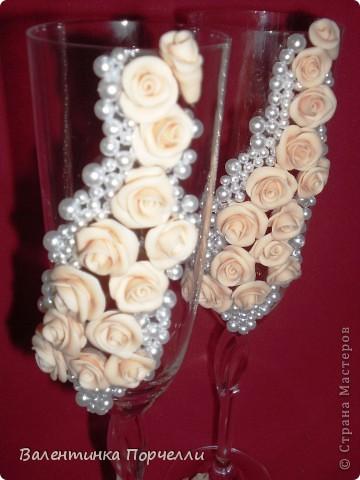 Белое платье,в бокалах ...., Горько гостям,а на сердце-легко. Вот обсыпают горстями монет Чтоб жить в достатке,богатстве,без бед фото 13