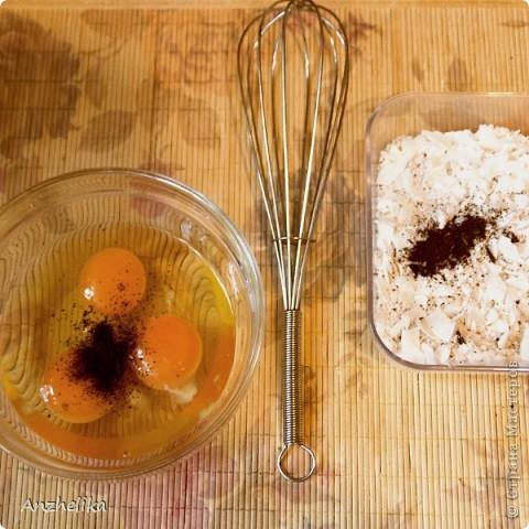 """Хочу поделиться с вами оригинальным и необычным в наших широтах китайским блюдом - """"жареное мороженое"""". На самом деле всё довольно просто. Но быстро. Курить и трепаться можно на первом этапе приготовления, а вот на втором - всё происходит исключительно молниеносно. Иначе,.. ну - всё по порядку. фото 3"""