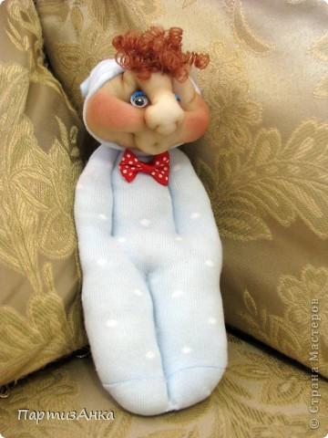 Доброго времени суток, Страна! Второй апргейд носочным куклам - на этот раз они из простых носков, а не из мохровых. фото 3