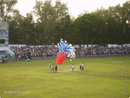 В Арзамасе прошел праздник с благотворительными футболом между московскими артистами и нижегородской властью, деньги от которого были отданы больным детям . фото 11