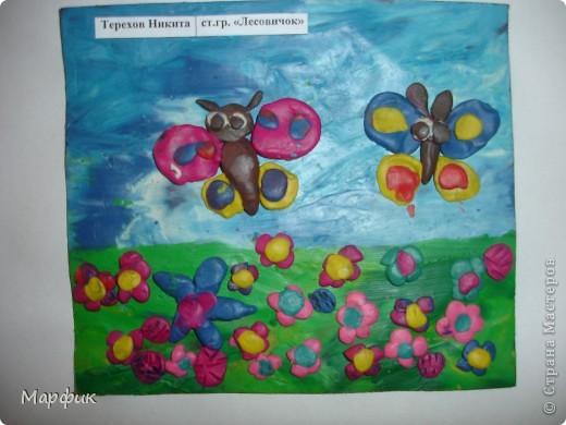 """Вот такие замечательные пластилиновые картины про лето создают мои ребятишки на кружке """"Пластилиновая живопись"""".  фото 1"""