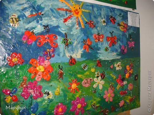 """Вот такие замечательные пластилиновые картины про лето создают мои ребятишки на кружке """"Пластилиновая живопись"""".  фото 4"""
