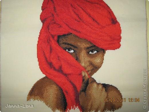 Девушка в красном. фото 1