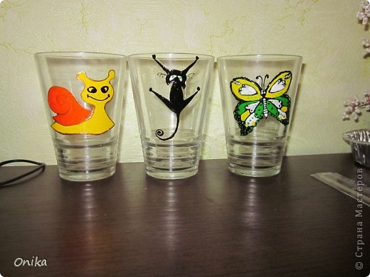 Три из шести стаканов уже стали жертвами обстоятельств :) фото 1