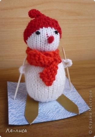 Срочно понадобилось для физкультурного форума сделать сувениры в подарок участникам. Так за 2 дня родились эти снеговички. фото 3
