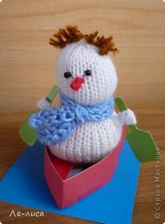 Срочно понадобилось для физкультурного форума сделать сувениры в подарок участникам. Так за 2 дня родились эти снеговички. фото 11