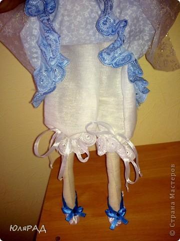 Муж подарил швейную машинку...........ну разве я смогла удержаться, чтобы что-нибудь не сшить на ней в тот же вечер))))) Так родилась моя первая тильдочка)))  фото 4
