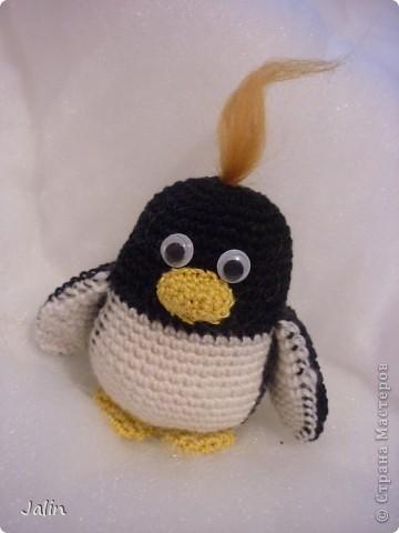 Попросили меня однажды связать пингвина... Так и появился на свет этот маленький пингвиненок по имени Ганкстер (как назвал его хозяин :) фото 1