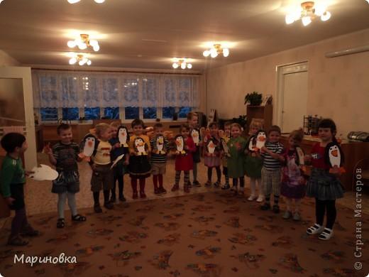 """Аппликация """"Зайчата на ёлке"""" по стихотворению А.Барто """"Дело было в январе"""" с детьми 4-5 лет. фото 3"""