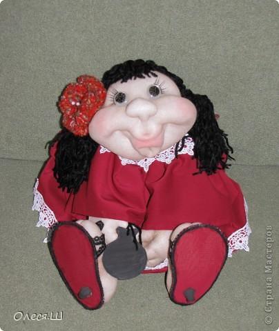Здравствуйте! Знакомьтесь, это Кармелита)))) Моя вторая куколка попик. Влюбилась в них, не могу оторваться теперь, фантазирую и шью. Еленочка (pawy), спасибо огромное за мастер классы))))) фото 6