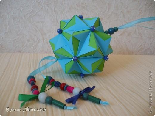 И снова моя любимая Томоко Фусе. Моделька из книги Floral Globe. В такой расцветке она похожа на василек (так мне кажется) фото 1