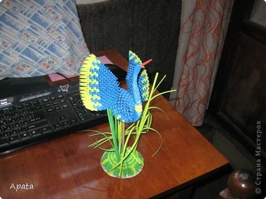 Этот журавлик больше похож на синюю птицу удачи, но делать его серым рука не поднялась! фото 2