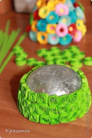 Благодаря одной из наших мастериц, научилась делать цветочки. Не успокоилась, и решила сделать по ее же мастер-классу яичко-шкатулочку (http://stranamasterov.ru/node/45642?c=favorite) фото 5