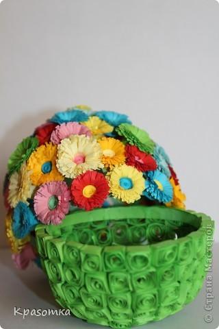 Благодаря одной из наших мастериц, научилась делать цветочки. Не успокоилась, и решила сделать по ее же мастер-классу яичко-шкатулочку (http://stranamasterov.ru/node/45642?c=favorite) фото 3