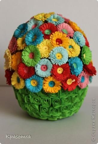 Благодаря одной из наших мастериц, научилась делать цветочки. Не успокоилась, и решила сделать по ее же мастер-классу яичко-шкатулочку (http://stranamasterov.ru/node/45642?c=favorite) фото 1
