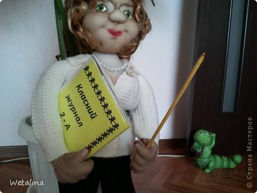 Вот такая учительница получилась на подарок куме.  Она работает учителем в начальной школе. Учитель от бога!!!! фото 2