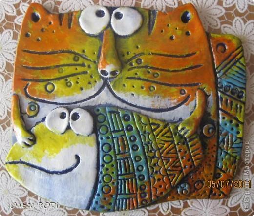 """О-о-о-о-чень люблю котов! Подобных котов со страниц """"Цветной рыбы"""" много в стране мастеров. Вот и я не удержалась.... и слепила себе таких. А уж как они у меня получились - судить вам, мои дорогие мастерицы!!!!!! фото 3"""