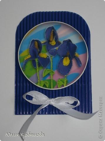 Новая серия карточек АТС. В основе гофрированный картон, картинки  с цветами приклеены на объемный скотч, украшены ленточками и гелем с блестками. фото 2