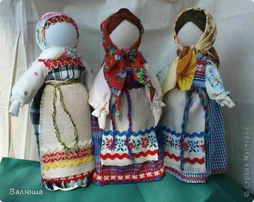 Кукла на кеглях