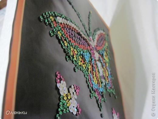 Вот такую работу сделала моя дочка Оля из гвоздиков и пайеток. фото 6