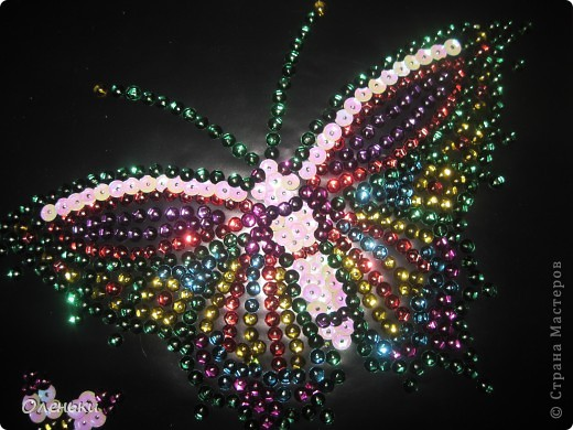 Вот такую работу сделала моя дочка Оля из гвоздиков и пайеток. фото 8