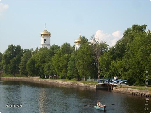 Не в Италии, не в Греции Этот дивный старичок.  И в России есть Венеция- Город Вышний Волочёк.  В городе очень много каналов, построенных Сердюковым.  (Побывала на своей родине, решила с вами поделиться.) фото 19