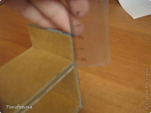 Здравствуйте, дорогие гости моего блога! Покажу небольшой фото-МК как можно сделать двухъярусную кроватку небольшим игрушкам- куколкам или пупсикам. фото 17