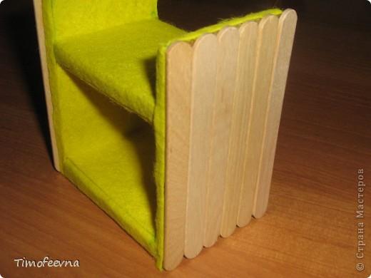 Здравствуйте, дорогие гости моего блога! Покажу небольшой фото-МК как можно сделать двухъярусную кроватку небольшим игрушкам- куколкам или пупсикам. фото 31