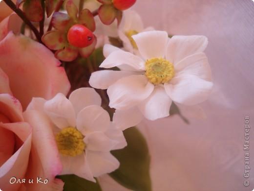 Представляю на Ваш суд свой новый букет из роз и хризантем. фото 8
