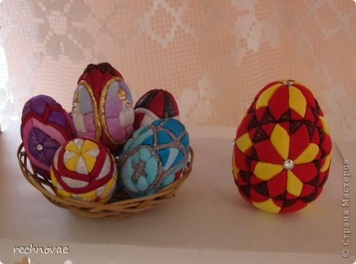 Пасхальное яйцо (из ткани и пенопласта)