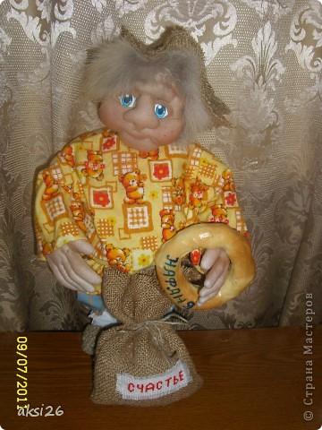 Представляю своего нового домового с именем Нафаня. Очень люблю шить именно домовых, а этот еще и шился в подарок прекрасному человеку.  фото 1